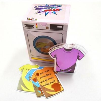 Lavando roupa suja